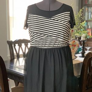 Speechless black and white striped dress. 20.5